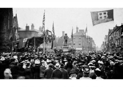 1901 - The Statue